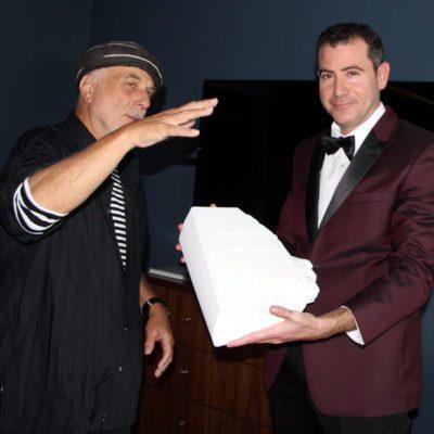 Ron Arad with Elan Divon and Genius